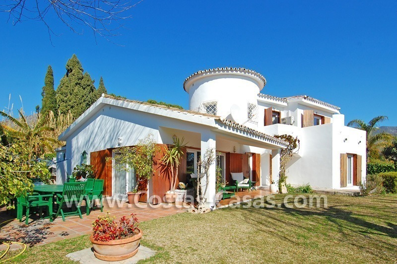 Bargain Andalusian style villa to buy on the Golden Mile in Marbella 0
