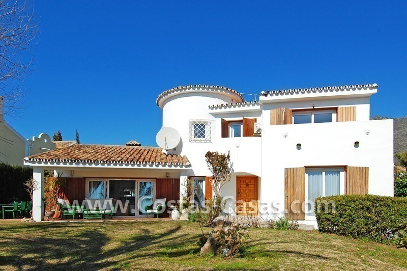 Bargain Andalusian style villa to buy on the Golden Mile in Marbella 1