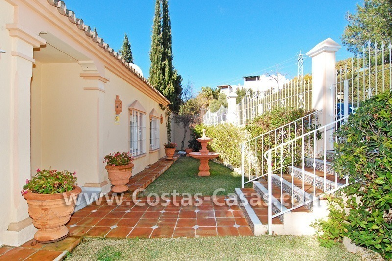 Bargain villa to buy in Marbella Estepona 7