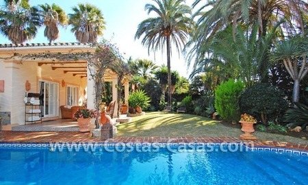 Bargain villa to buy in Marbella Estepona 1