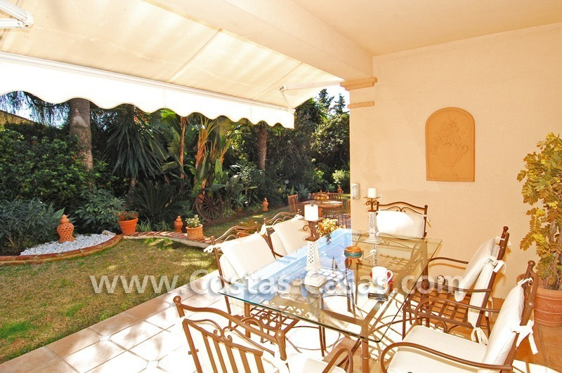 Bargain villa to buy in Marbella Estepona 13