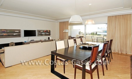 Spacious luxury beachside apartment for sale in Nueva Andalucía nearby Puerto Banus in Marbella 3