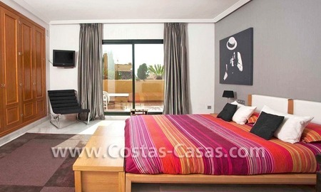 Cozy and trendy townhouse to buy on the Golden Mile in Marbella 19