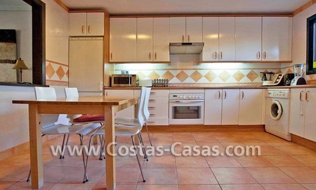 Cozy and trendy townhouse to buy on the Golden Mile in Marbella 17