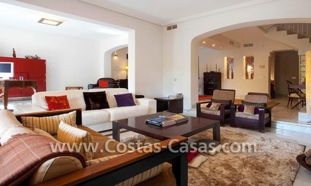 Cozy and trendy townhouse to buy on the Golden Mile in Marbella 12