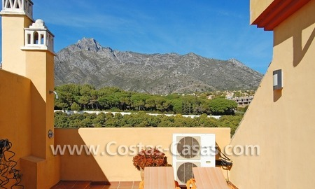 Cozy and trendy townhouse to buy on the Golden Mile in Marbella 3
