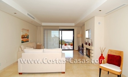 Bargain! Luxury golf apartment for sale in Nueva Andalucia – Marbella 5