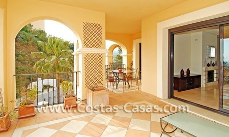 Bargain! Luxury golf apartment for sale in Nueva Andalucia – Marbella 1