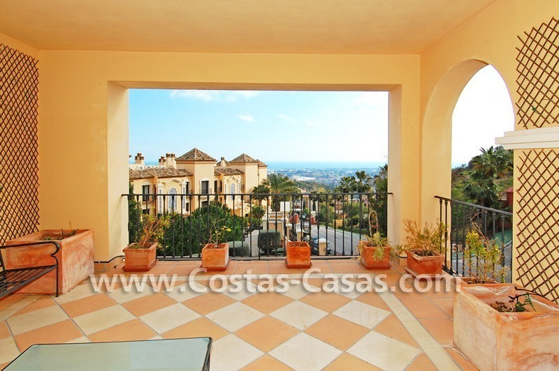 Bargain! Luxury golf apartment for sale in Nueva Andalucia – Marbella 0