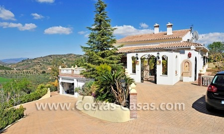 Villa – Finca - Country property for sale in Monda on the Costa del Sol, Andalusia, Southern Spain 2
