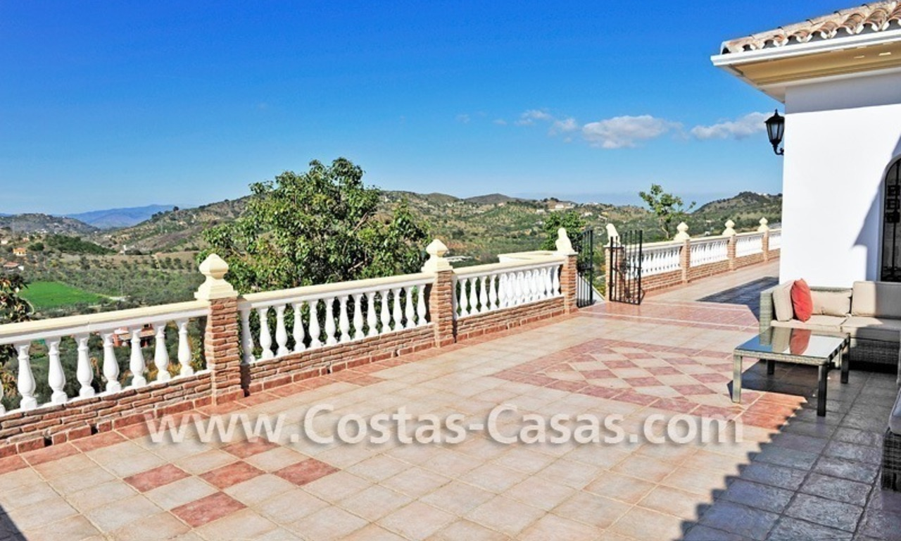 Villa – Finca - Country property for sale in Monda on the Costa del Sol, Andalusia, Southern Spain 10