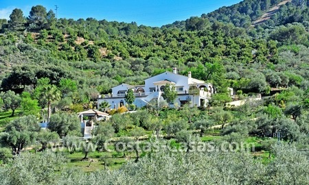 Villa – Finca - Country property for sale in Monda on the Costa del Sol, Andalusia, Southern Spain 0