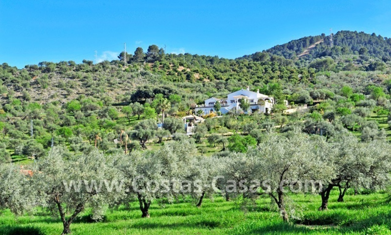 Villa – Finca - Country property for sale in Monda on the Costa del Sol, Andalusia, Southern Spain 1