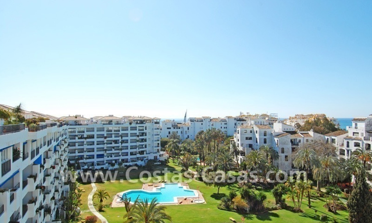 Double penthouse apartment to buy in central Puerto Banus, Marbella 4