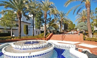 Frontline beach detached villa for sale on gated beachfront complex, Marbella - Estepona 30