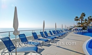 Frontline beach detached villa for sale on gated beachfront complex, Marbella - Estepona 7