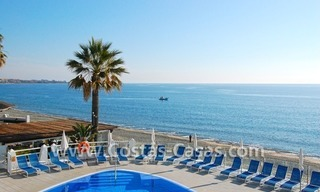 Frontline beach detached villa for sale on gated beachfront complex, Marbella - Estepona 1
