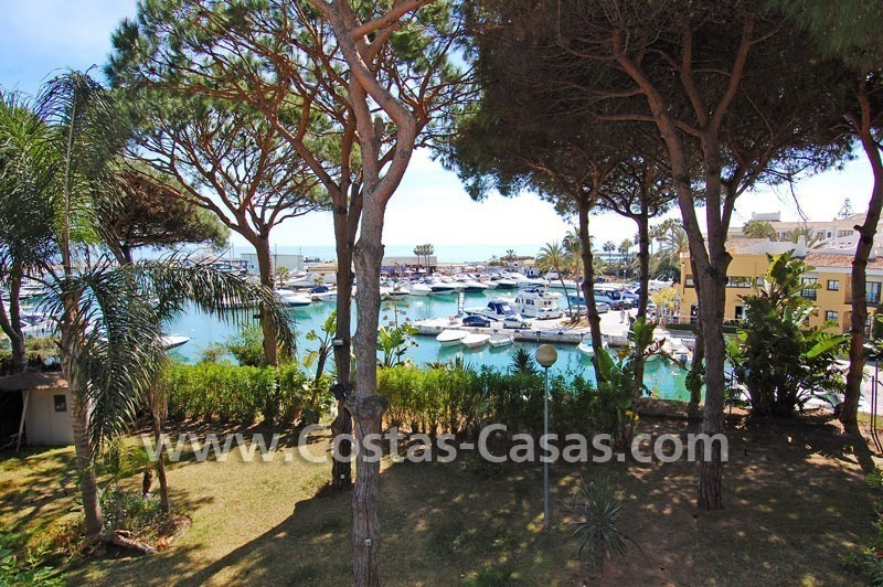 Front line marina villa for sale in Marbella