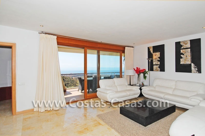 Modern style luxury apartment for sale in Marbella 5