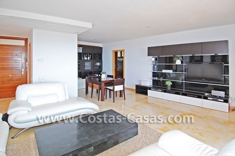 Modern style luxury apartment for sale in Marbella 6