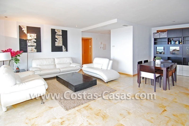 Modern style luxury apartment for sale in Marbella 7