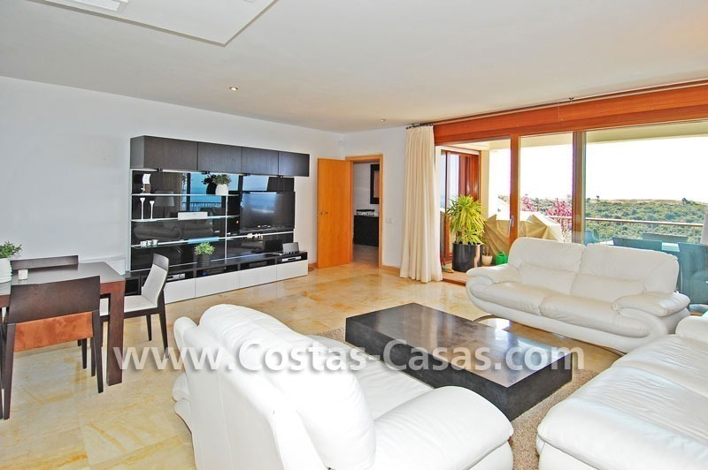 Modern style luxury apartment for sale in Marbella 4
