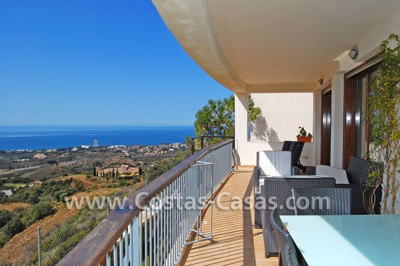 Modern style luxury apartment for sale in Marbella 1
