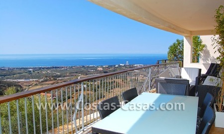 Modern style luxury apartment for sale in Marbella 0