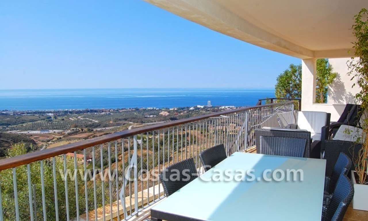 Modern style luxury apartment for sale in Marbella