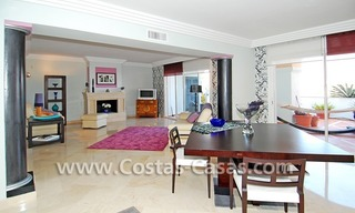 Bargain luxury penthouse apartment to buy in Nueva Andalucia - Marbella 4