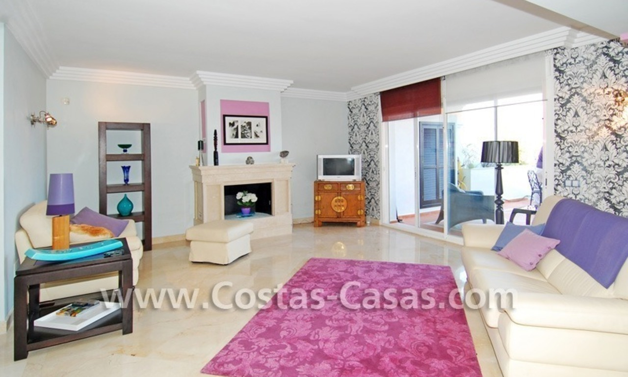Bargain luxury penthouse apartment to buy in Nueva Andalucia - Marbella 3