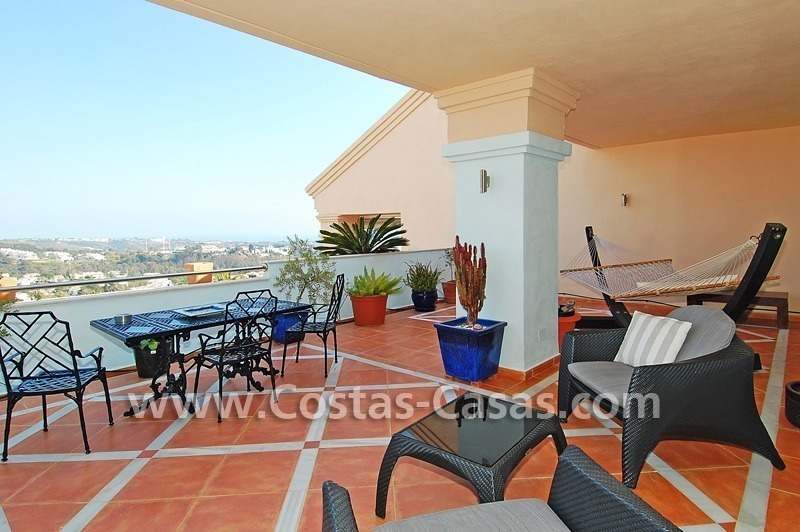Bargain luxury penthouse apartment to buy in Nueva Andalucia – Marbella