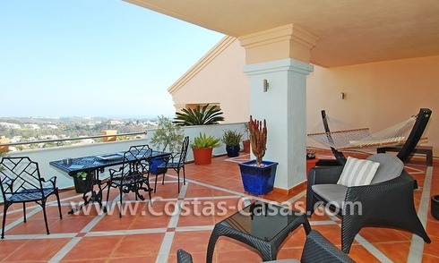 Bargain luxury penthouse apartment to buy in Nueva Andalucia - Marbella