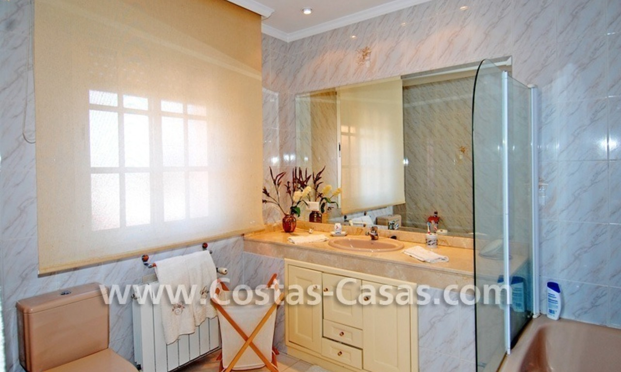 Urgent sale! Andalusian styled villa to buy in Nueva Andalucia - Marbella 21