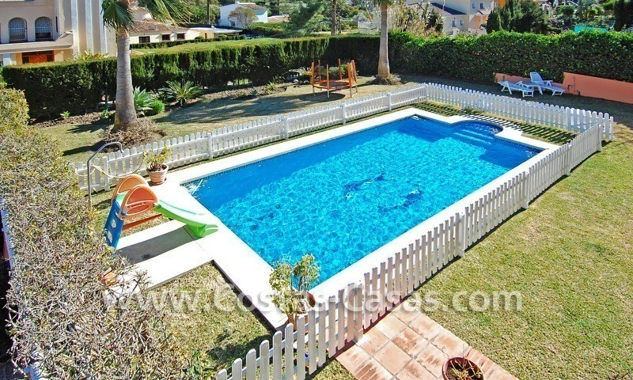 Urgent sale! Andalusian styled villa to buy in Nueva Andalucia - Marbella 3