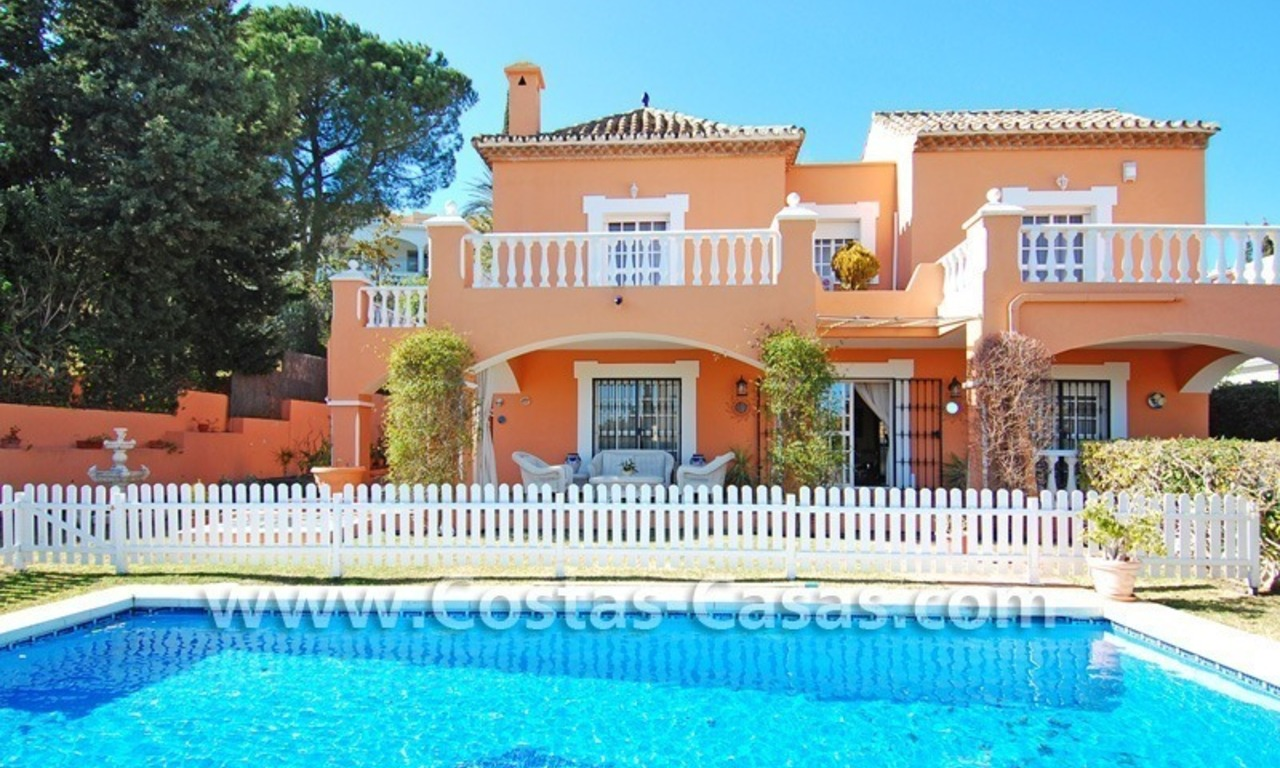 Urgent sale! Andalusian styled villa to buy in Nueva Andalucia - Marbella 1