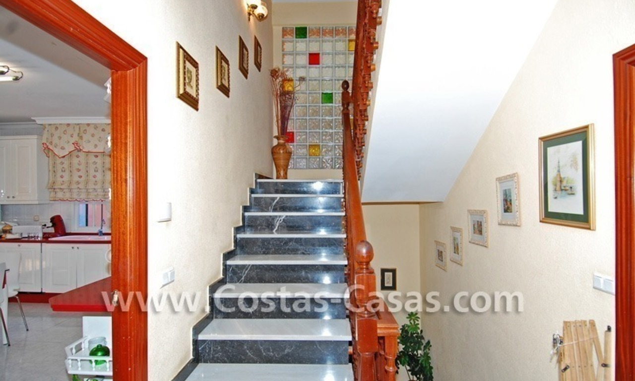 Urgent sale! Andalusian styled villa to buy in Nueva Andalucia - Marbella 15