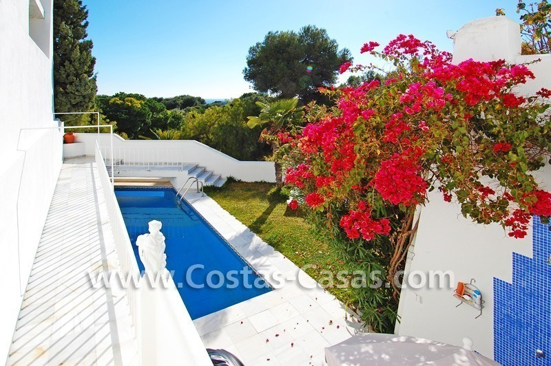 Cozy golf townhouse for sale in East Marbella 1