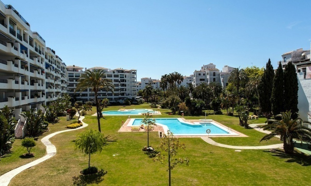 Apartment for sale in central Puerto Banus, Marbella 0