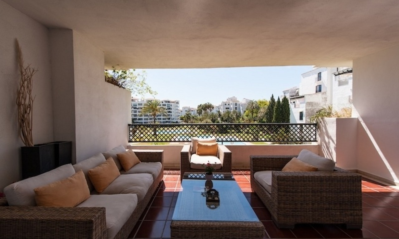Apartment for sale in central Puerto Banus, Marbella 3