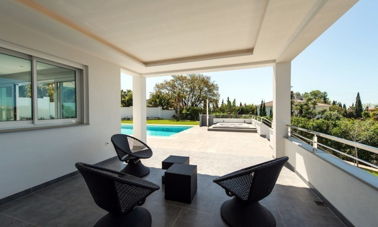 Modern style luxury villa for sale in Marbella 3