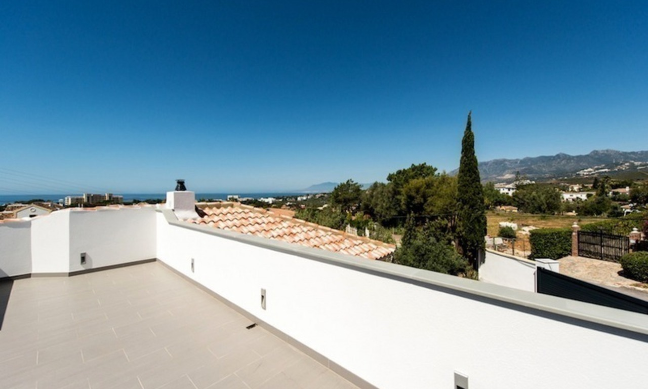 Modern style luxury villa for sale in Marbella 14