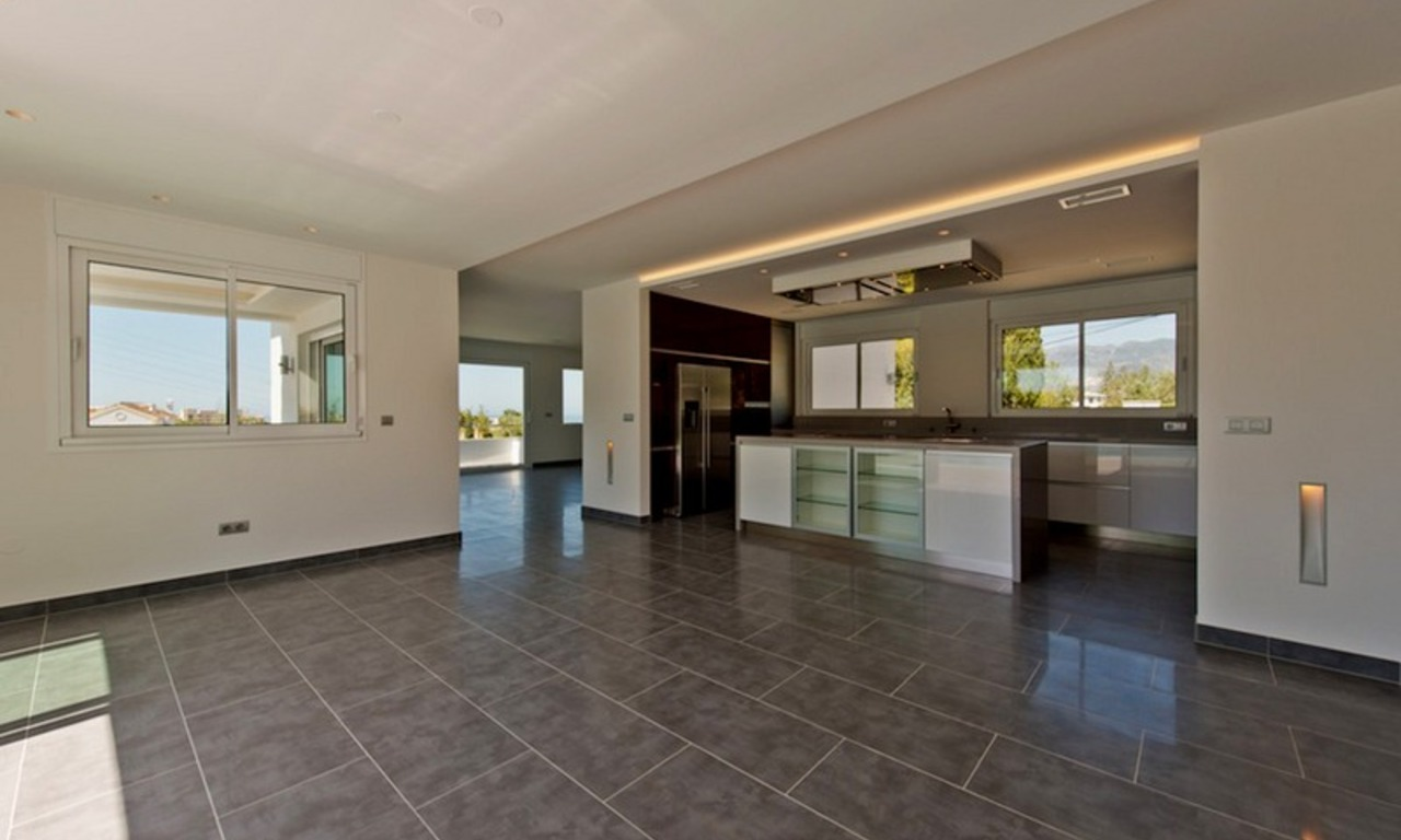 Modern style luxury villa for sale in Marbella 5