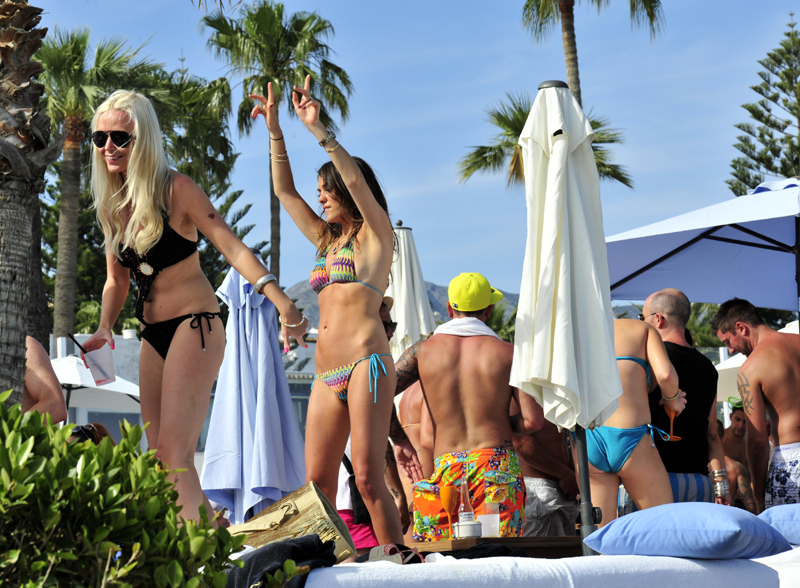 Champagne party May in Ocean Club Marbella 6