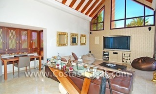 Exclusive Andalusian styled villa to buy on the Golden Mile in Marbella 10