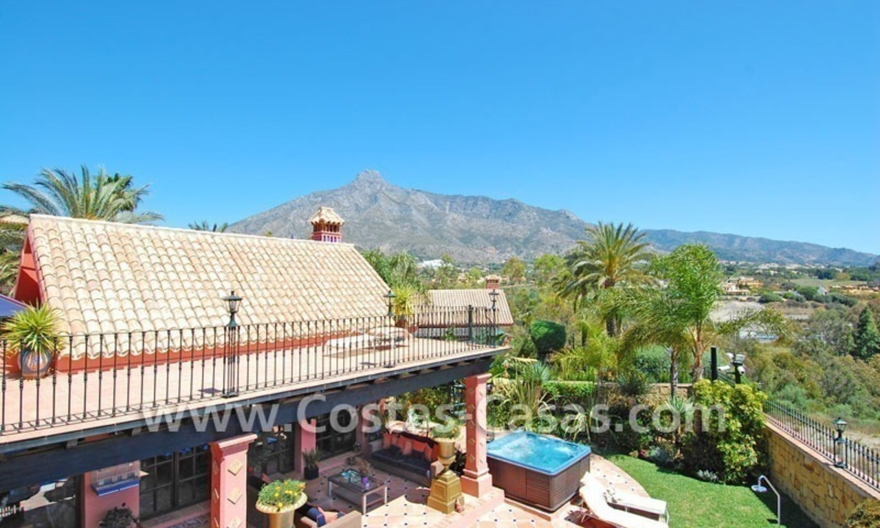 Exclusive Andalusian styled villa to buy on the Golden Mile in Marbella 4