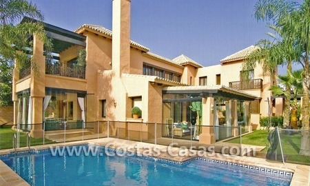 Beach side Andalusian styled luxury villa for sale in Puerto Banus – Marbella