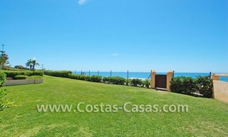 Beachfront townhouse for sale in Marbella 0
