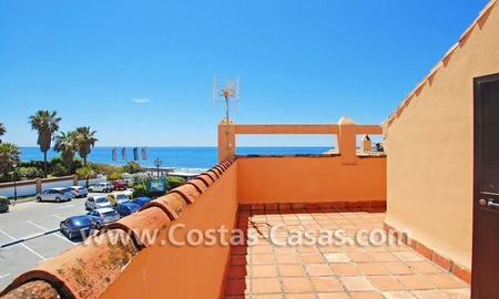 Beachfront townhouse for sale in Marbella 2