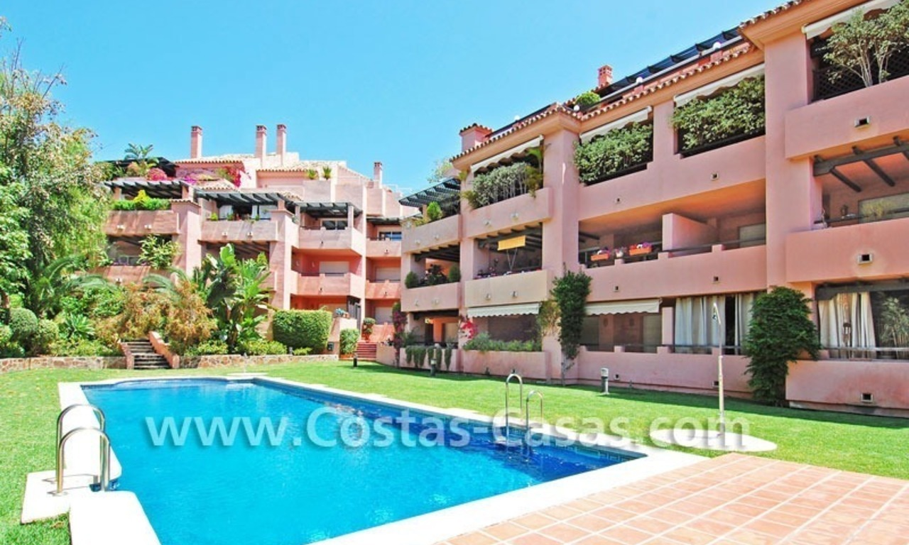Luxury large penthouse apartment for sale on the Golden Mile in Marbella 19